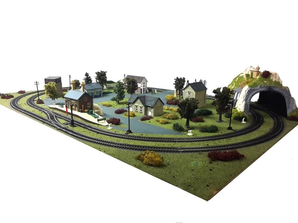 Schema Elettrico Per Plastico Ferroviario : Diorama plastico ferroviario costruito artigianalmente