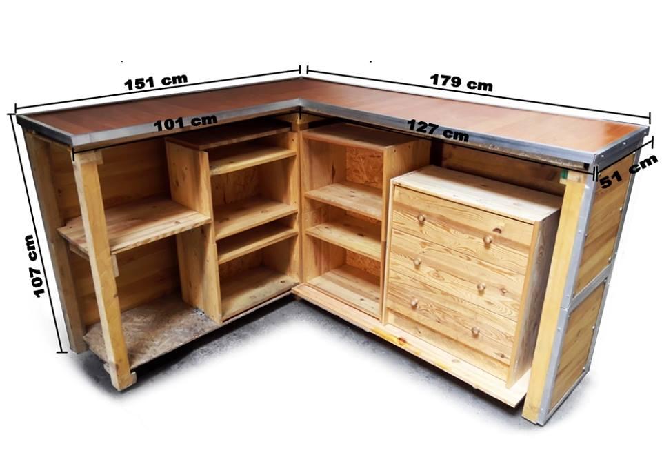 Bancone in legno ad angolo x negozi con ripiani for Piani di costruzione di negozi gratuiti