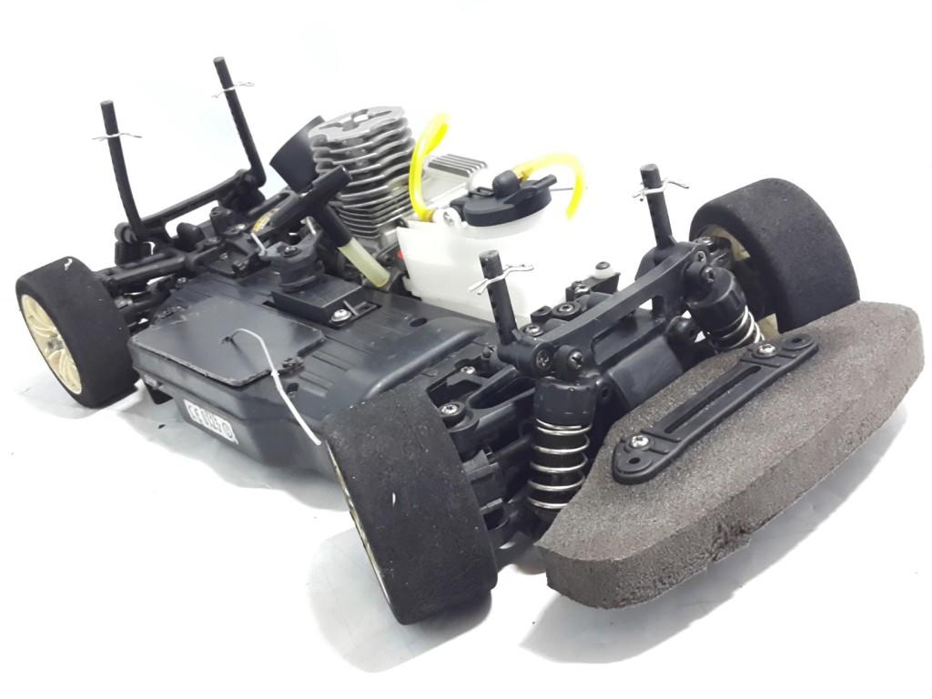 Auto modello stradale 1 10 tamiya a scoppio radiocomando for Arredamento navale usato